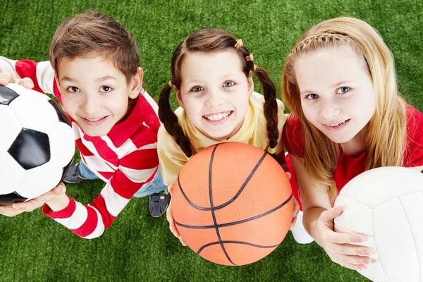 copii_fac_sport1
